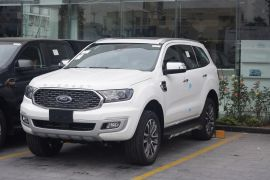 FORD EVEREST TITANIUM 4X4