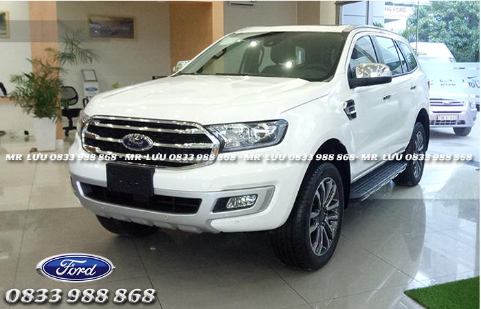 danh-gia-tong-the-thi-xe-ford-everest-hoat-dong-manh-me-muot-ma-hon-so-voi-fortuner